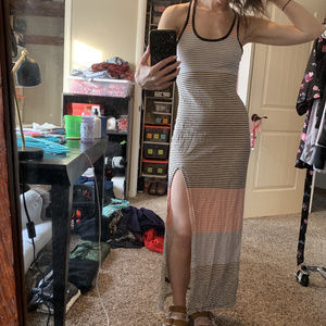 XS Express body-hugging Maxi Dress with side slit